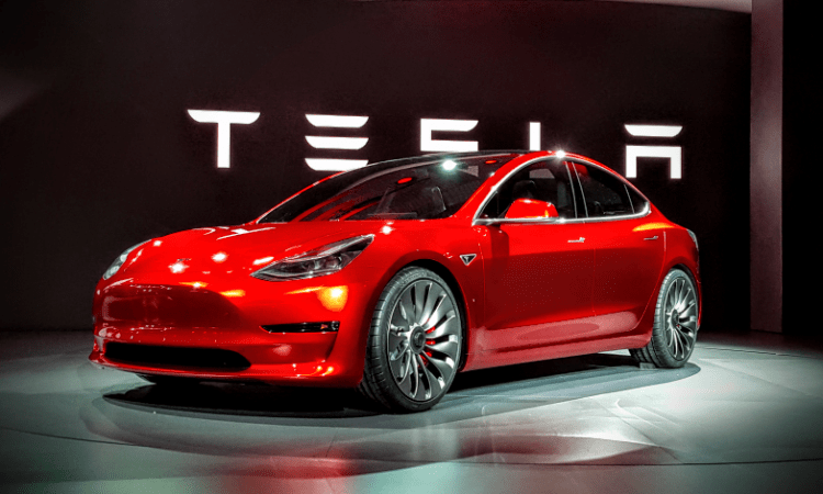 Tesla shares can breach $500 per share soon - invest now?